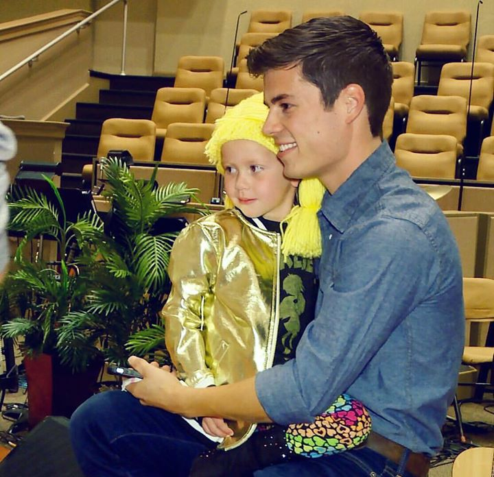 Tonight's Bringing Up Bates show is a heart gripper, because Lawson's concert was a…