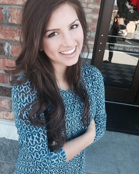 No more braces! Celebrate Congratulations, Carlin … beautiful smile #CarlinBates #MeyersOrthodontist