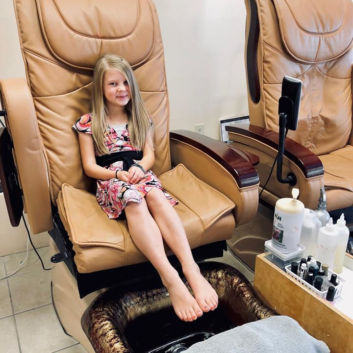 1st pedi! Special date with mom ️🤗 #CallieBates