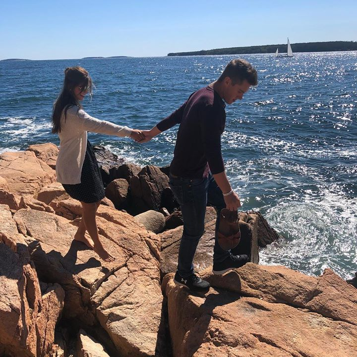 Join us tonight for the MAINE event, Carlin's engagement, on Bringing Up Bates on…